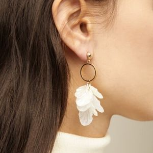 Oak + Fort | Gold Ring Petals Earrings